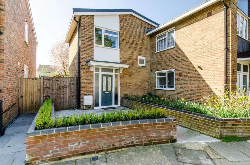 3 Bedrooms House for sale in Scrutton Close, Balham, SW12