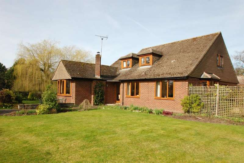 4 Bedrooms Detached House for sale in Lorely, Police Row, Therfield, SG8 9QE