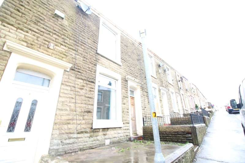 2 Bedrooms Property for sale in Atlas Road, Darwen, BB3