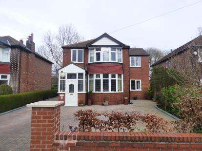 4 Bedrooms Detached House for sale in Derbyshire Road South, Sale, Trafford, Greater Manchester