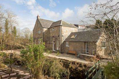 5 Bedrooms Barn Conversion Character Property for sale in Neilston Road, Barrhead