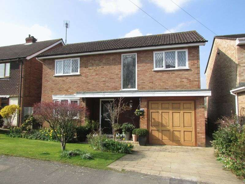 3 Bedrooms Detached House for sale in Park Way, Bexley