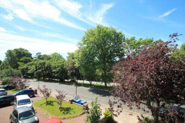 2 Bedrooms Apartment Flat for sale in Preston Park Avenue, Brighton, East sussex, BN1 6HG