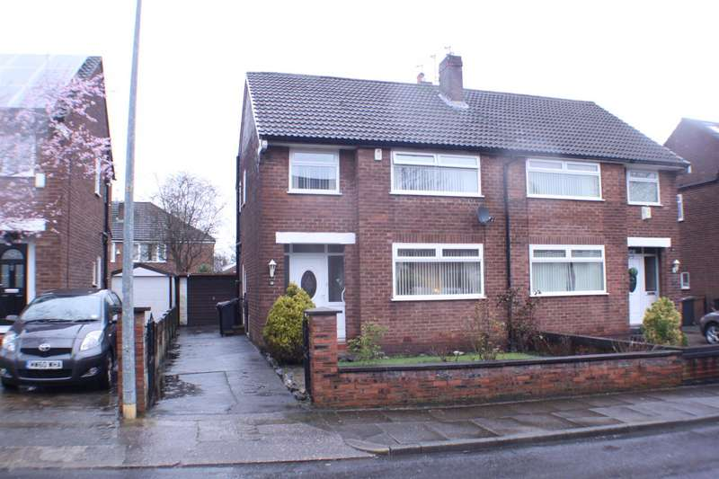 3 Bedrooms Property for sale in Bindloss Avenue, Eccles, Manchester