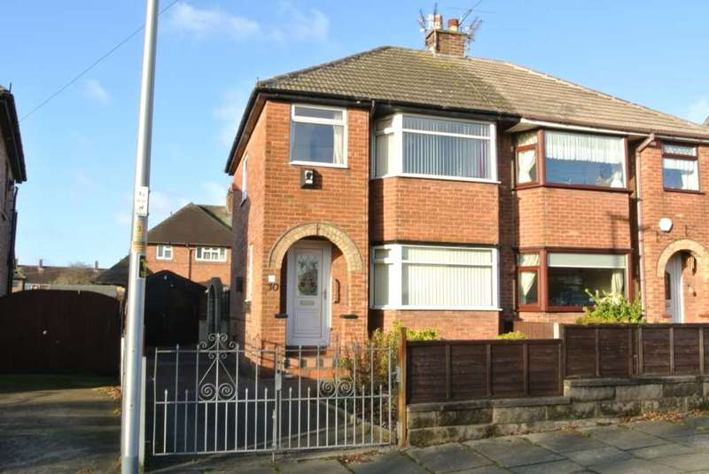 3 Bedrooms Semi Detached House for sale in Bowfell Close, Blackpool, FY4 4SQ