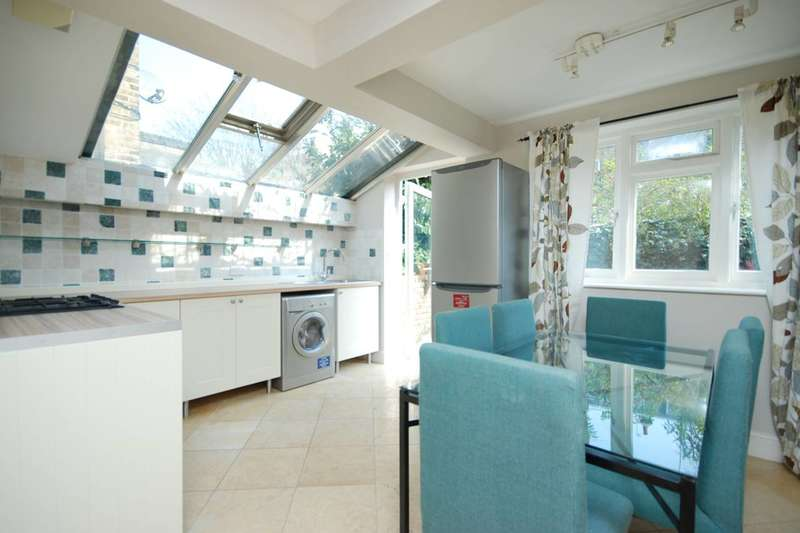 2 Bedrooms Flat for sale in Rylston Road, Fulham, SW6