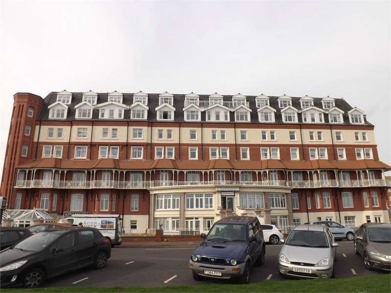 2 Bedrooms Flat for sale in De la Warr Parade, BEXHILL-ON-SEA, East Sussex