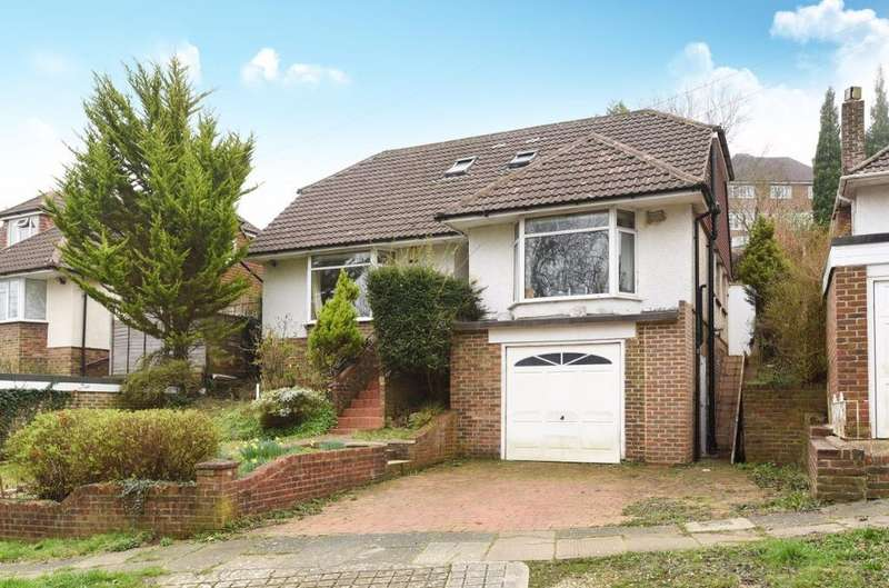 4 Bedrooms Detached House for sale in Tongdean Rise Brighton East Sussex BN1