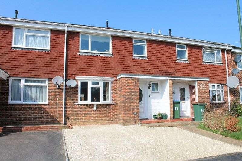 3 Bedrooms Terraced House for sale in Cedars Farm Close, Billingshurst