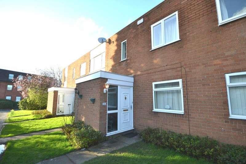 2 Bedrooms Apartment Flat for sale in Moor End, Northenden