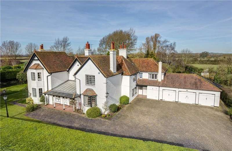 6 Bedrooms Detached House for sale in Puttenham, Tring, Hertfordshire, HP23