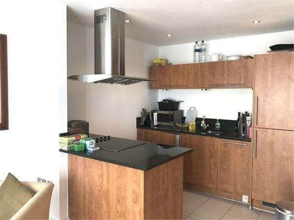 2 Bedrooms Flat for sale in 204 Regents Park Road, London