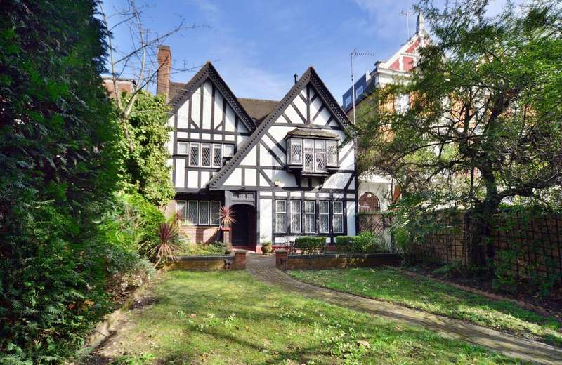 5 Bedrooms Detached House for sale in Vale Close, W9