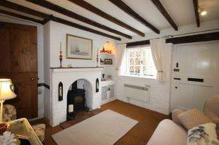 2 Bedrooms Terraced House for sale in Upperton, Petworth, West Sussex