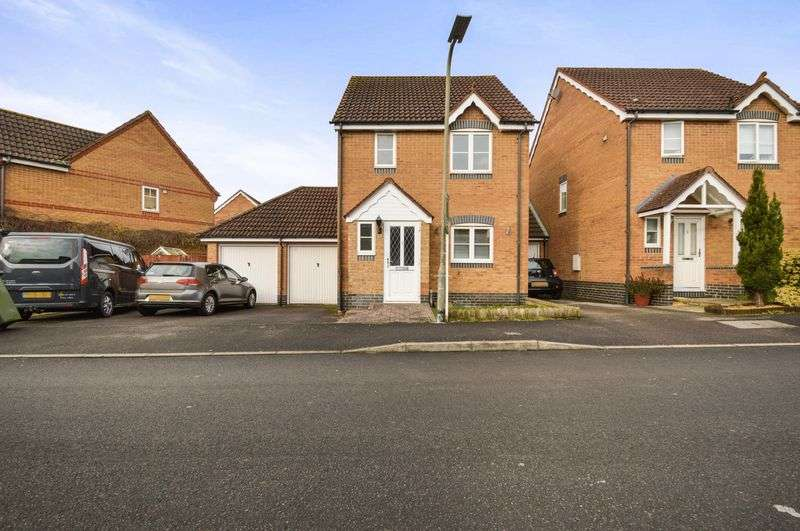 3 Bedrooms House for sale in Harebell Drive, Thatcham RG18
