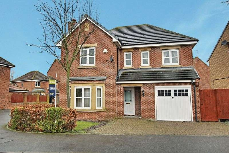 4 Bedrooms Detached House for sale in Chevening Park, Kingswood