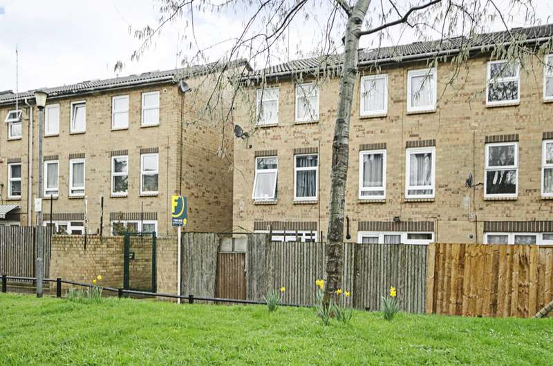 3 Bedrooms House for sale in Langford Close, Dalston, E8