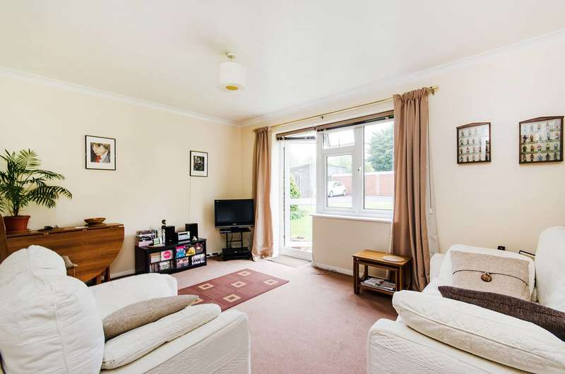 1 Bedroom Flat for sale in College Hill Road, Harrow Weald, HA3