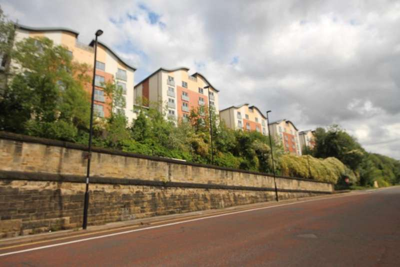 2 Bedrooms Apartment Flat for rent in Ouseburn Wharf, Off St Lawrence Road, Newcastle upon Tyne NE6
