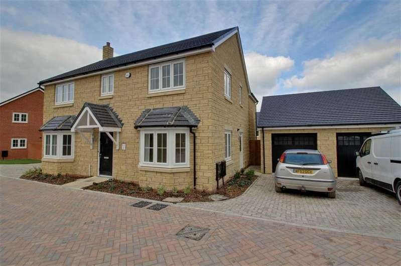 4 Bedrooms Detached House for sale in Woodside Lane, King's Stanley, Gloucestershire