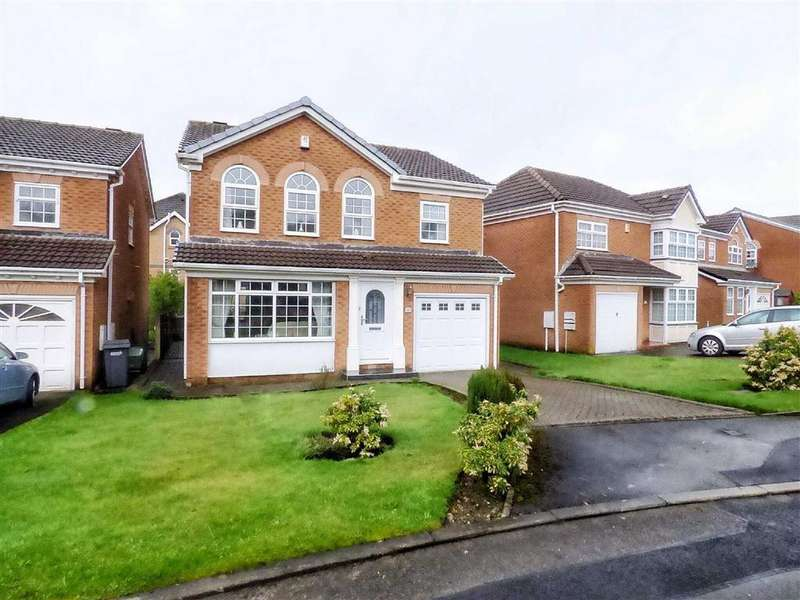 4 Bedrooms Detached House for sale in Highfield Drive, Royton, Oldham, OL2