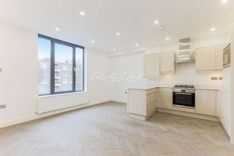 2 Bedrooms Flat for sale in Stoke Newington Road, N16