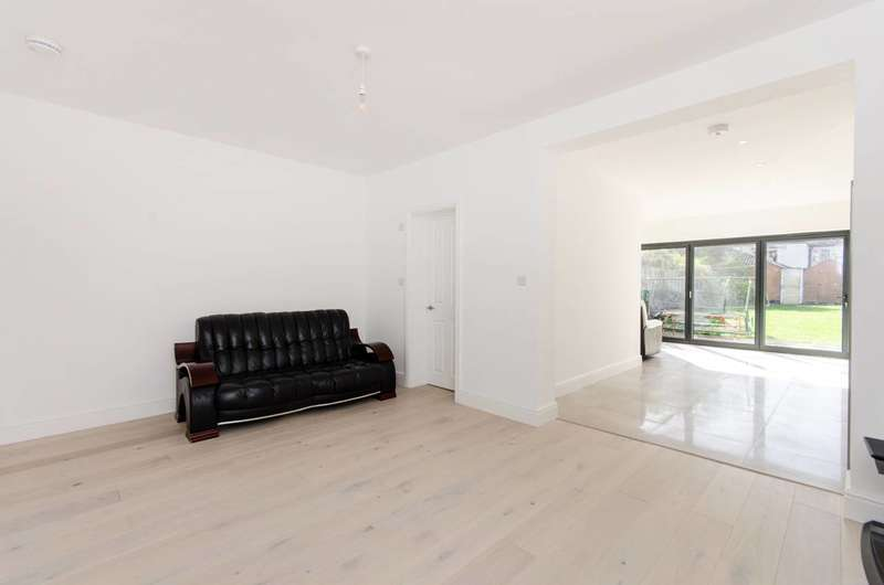 3 Bedrooms House for sale in Deburgh Road, Wimbledon, SW19
