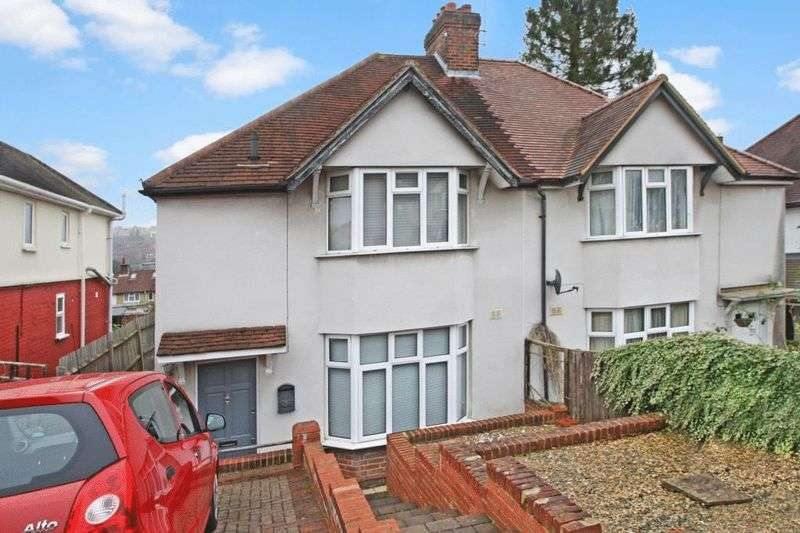 3 Bedrooms Semi Detached House for sale in Suffield Road, High Wycombe