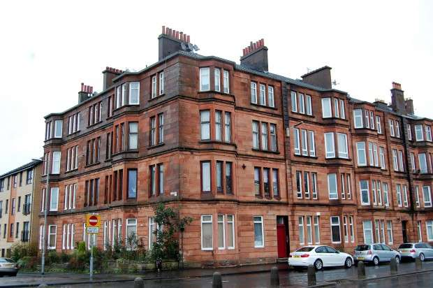 2 Bedrooms Flat for sale in Paisley Road West 3/2, Ibrox, G51