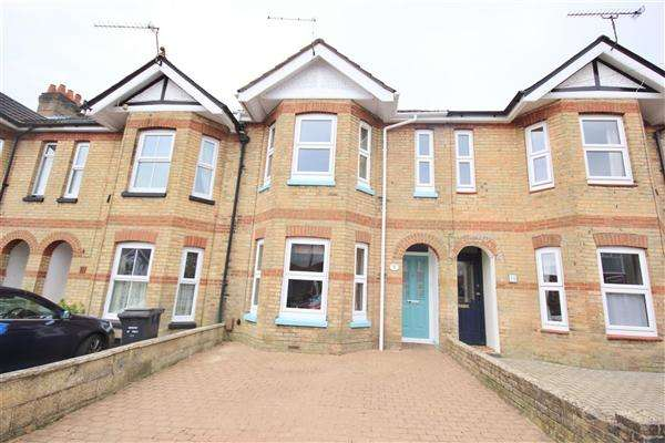 2 Bedrooms Terraced House for sale in Belmont Road, Poole