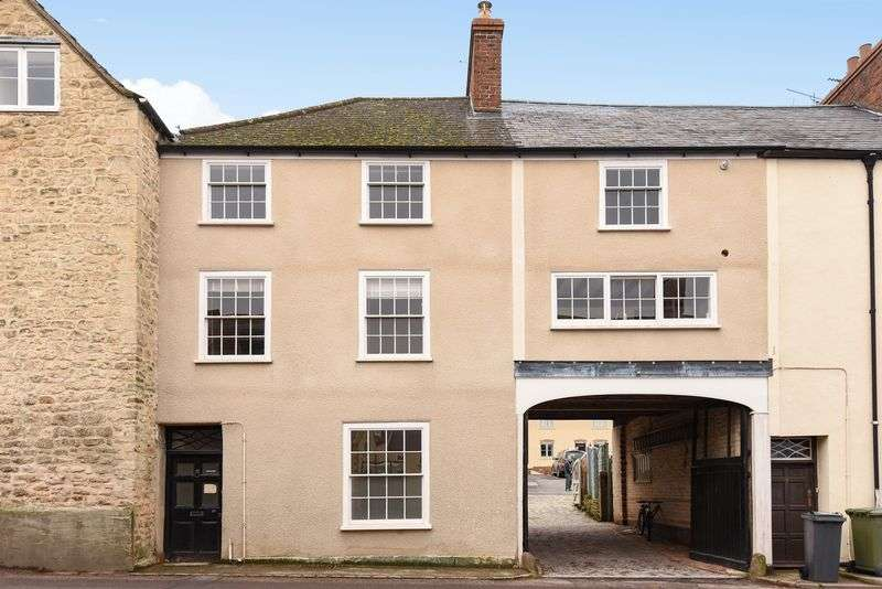 1 Bedroom Flat for sale in Haw Street, Wotton-Under-Edge