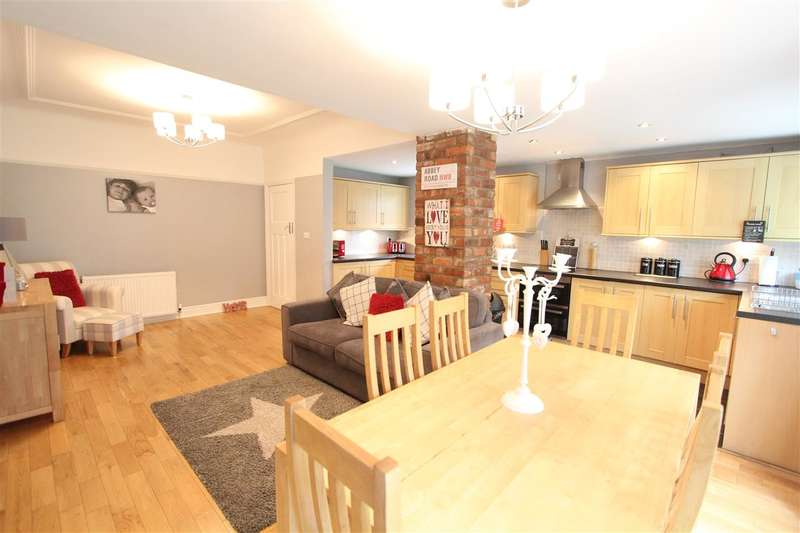 3 Bedrooms Semi Detached House for sale in Hampton Court Road, West Derby, Liverpool