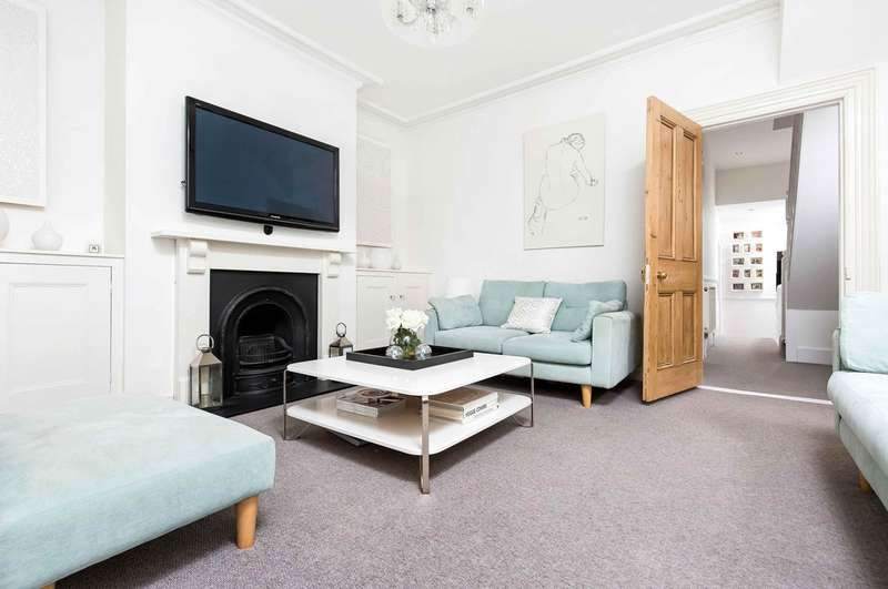 3 Bedrooms Flat for sale in Southsea, Hampshire