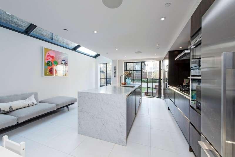 4 Bedrooms Terraced House for sale in Kelmscott Road, Battersea, London