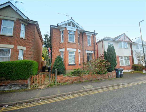 3 Bedrooms Detached House for sale in Winton, Bournemouth, Dorset, BH9