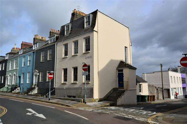 6 Bedrooms End Of Terrace House for sale in Durnford Street, Plymouth, Devon