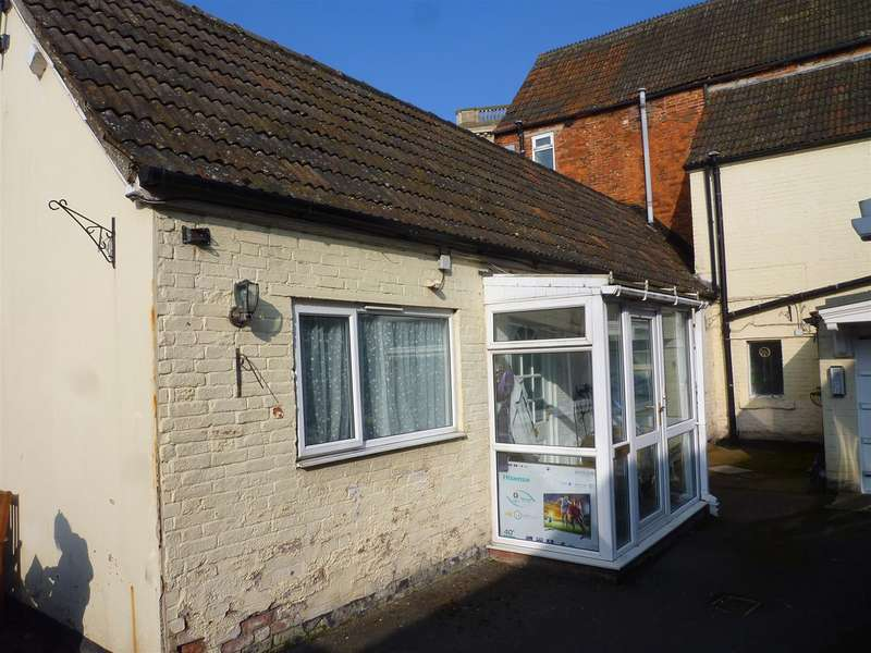 1 Bedroom Property for sale in Trowbridge