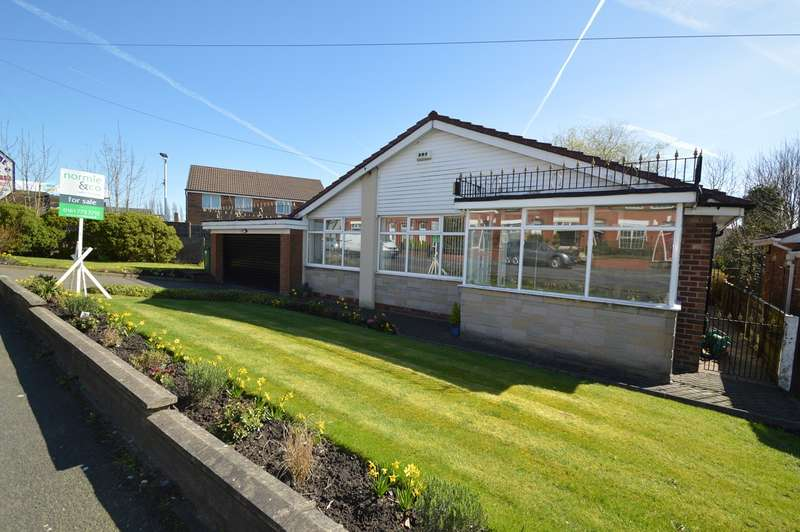 3 Bedrooms Detached Bungalow for sale in Parr Lane, Unsworth, Bury, BL9