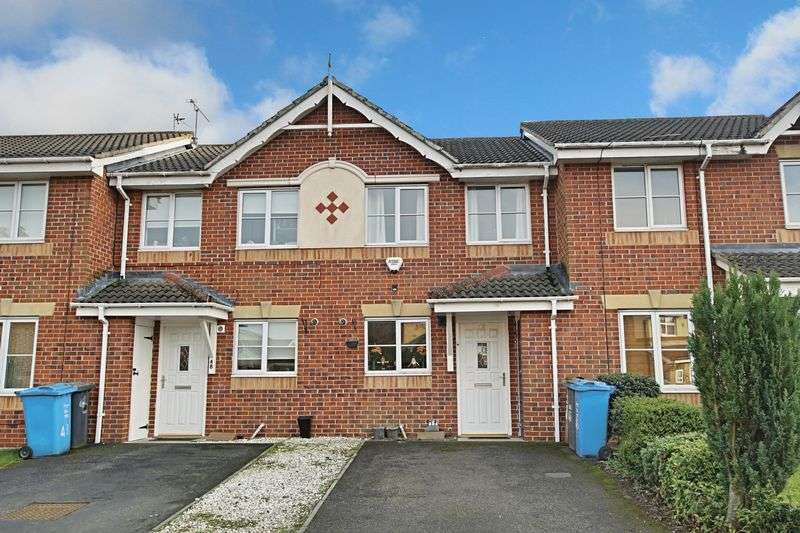2 Bedrooms Terraced House for sale in Bushey Park, Kingswood