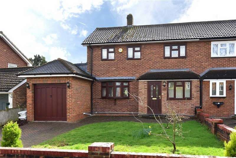 3 Bedrooms Semi Detached House for sale in Marden Avenue, Hayes, Kent