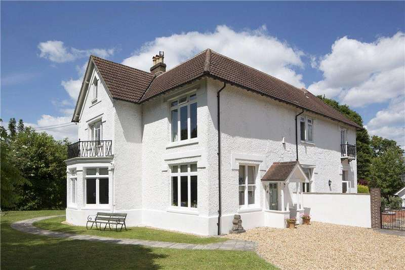 6 Bedrooms Detached House for sale in Bell Hill, Petersfield, Hampshire, GU32