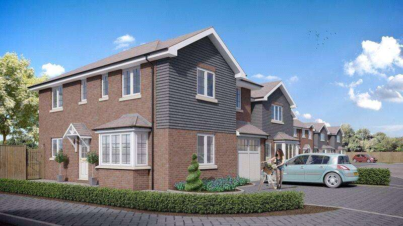 4 Bedrooms Detached House for sale in The Copse, Woodrow South, Redditch, Worcestershire, B98