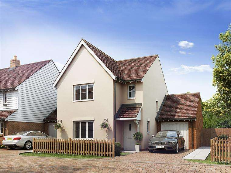 3 Bedrooms Detached House for sale in Station Road, Northiam