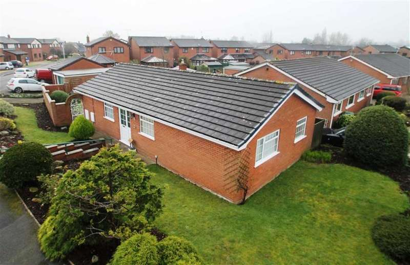 3 Bedrooms Detached Bungalow for sale in The Links, Wrexham