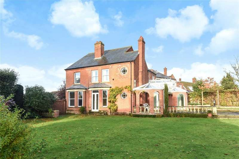 4 Bedrooms Detached House for sale in Addison Road, Gorleston, Great Yarmouth, Norfolk