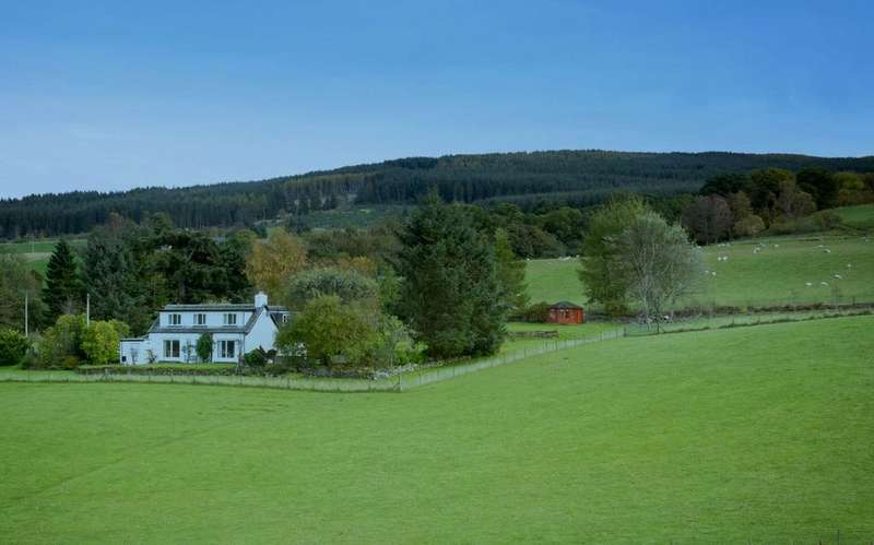 3 Bedrooms Detached House for sale in Dunvorist, Aberfeldy, Perthshire