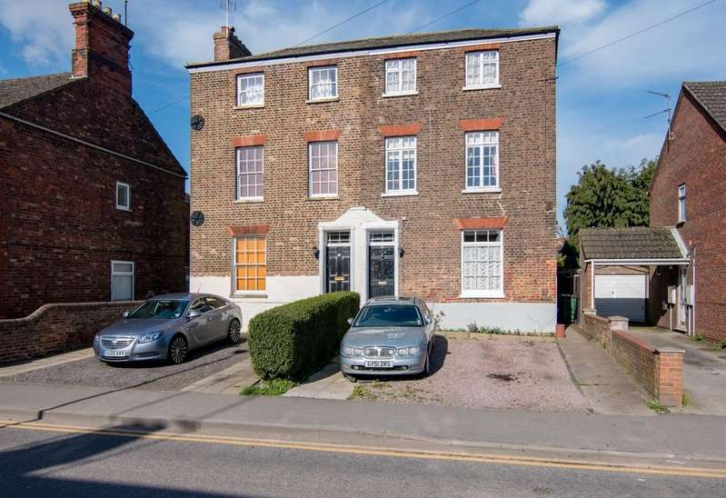 4 Bedrooms Semi Detached House for sale in Skirbeck Road, Boston