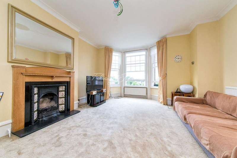 3 Bedrooms Flat for sale in Sutton Court, Chiswick W4