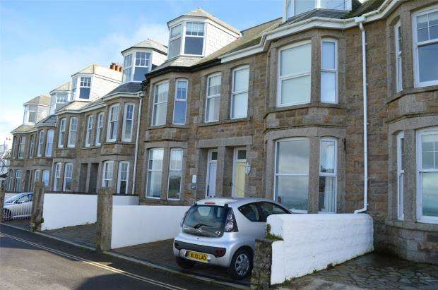 2 Bedrooms Flat for sale in Clodgy View, St. Ives, Cornwall