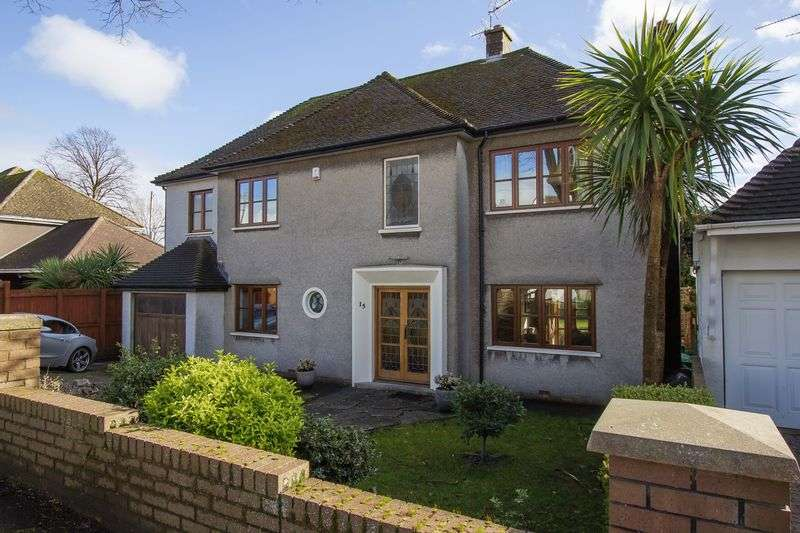 4 Bedrooms Detached House for sale in Forrest Road, Penarth